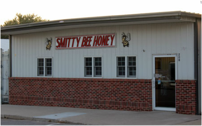 Picture of Smitty Bee Honey store.