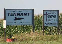 Picture of Tennant Welcome Sign.