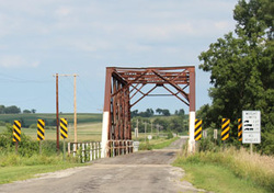 Picture of a rural 1 car bridge